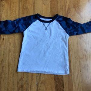 GAP Blue Camo Raglan Shirt
